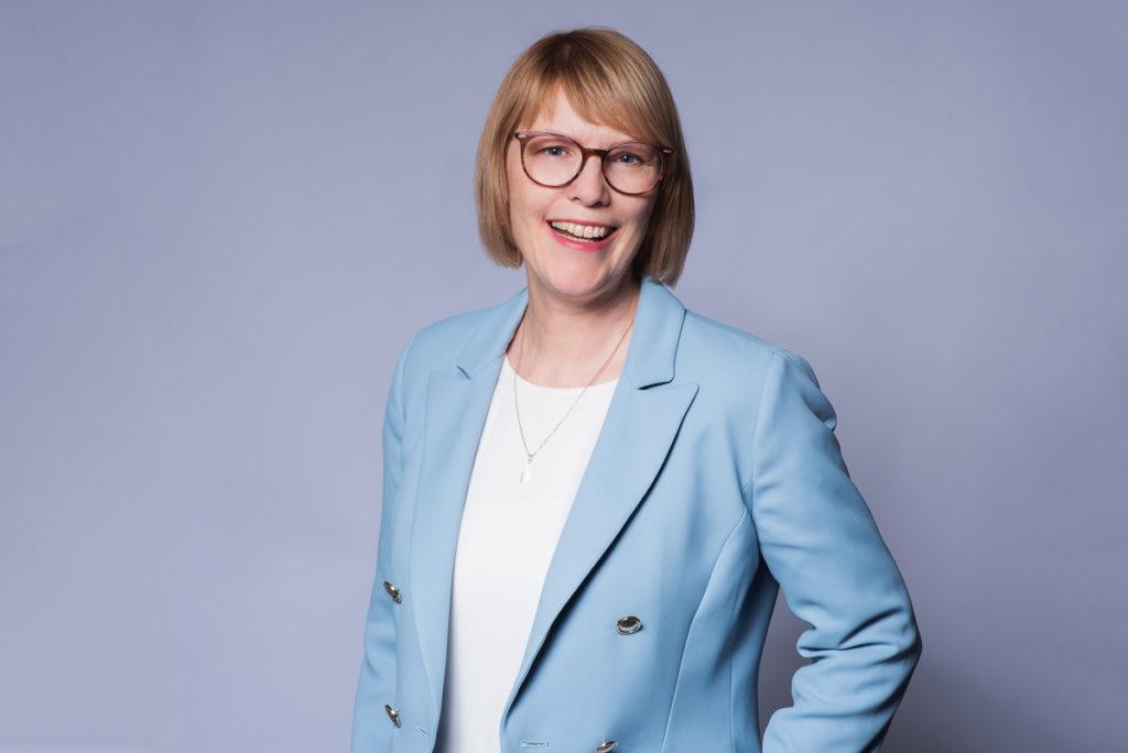 Erica Kessler LinkedIn Strategist Trainer Lecturer Speaker Zurich Switzerland